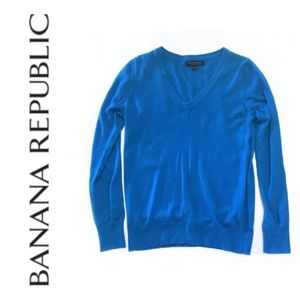 Banana Republic Extra Fine Merino V-Neck Sweater